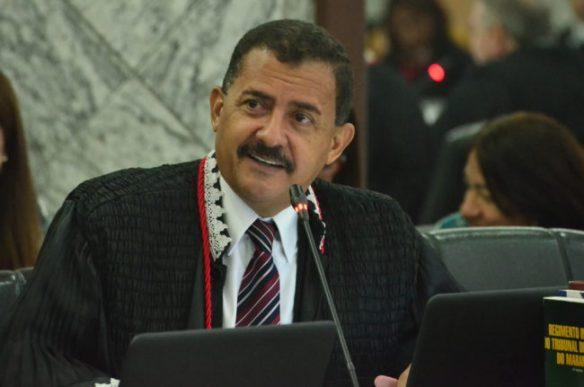 Resultado de imagem para josé Joaquim Figueiredo dos Anjos